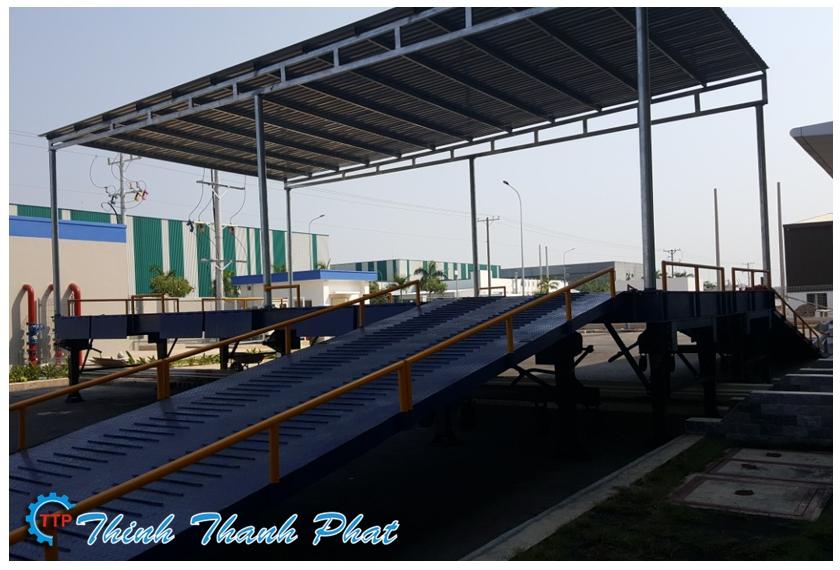 Cầu xe nâng - cầu container đa năng